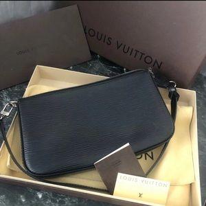 Louis Vuitton Pochette Accessoires Epi
